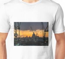 London Cityscape Sunset Unisex T-Shirt
