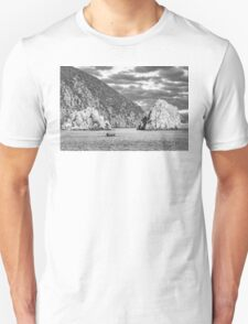 Travel between the rocks T-Shirt