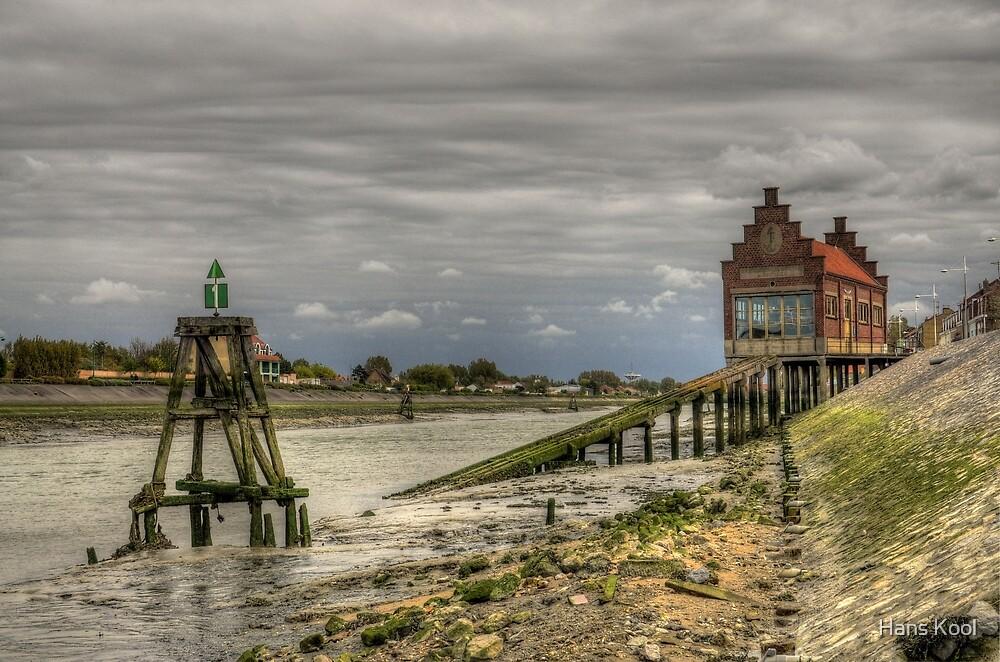 Boathouse by Hans Kool