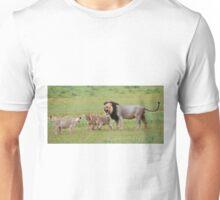 male lion teaching his cubs Unisex T-Shirt