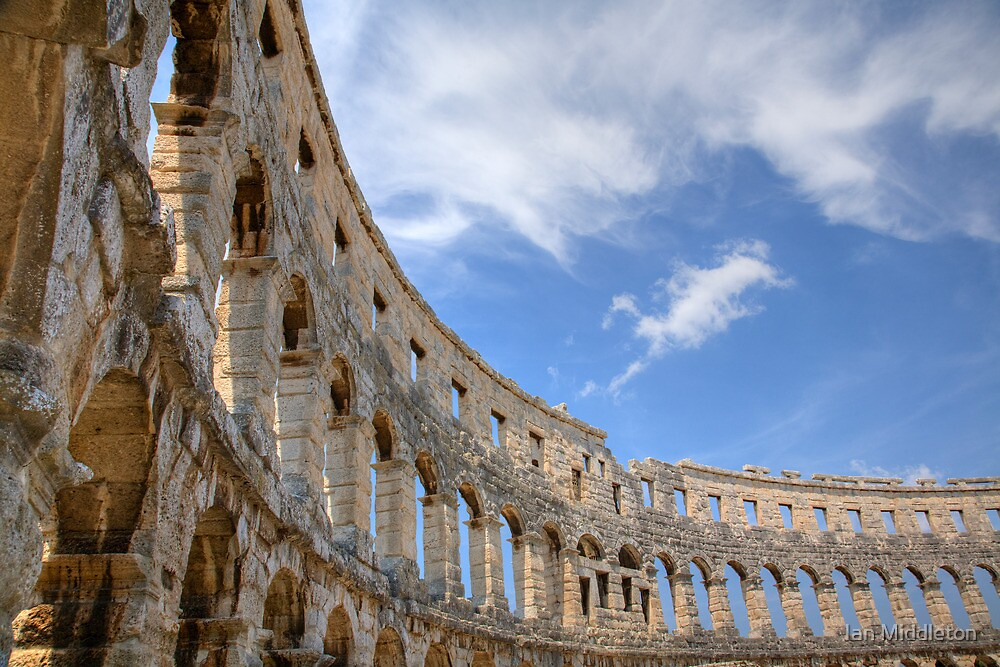 Colosseum in pula, Croatia by Ian Middleton
