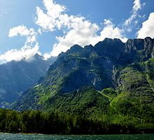 Mountain Watzmann. by Daidalos