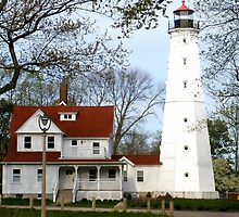 Milwaukee Lighthouse by Mellinda