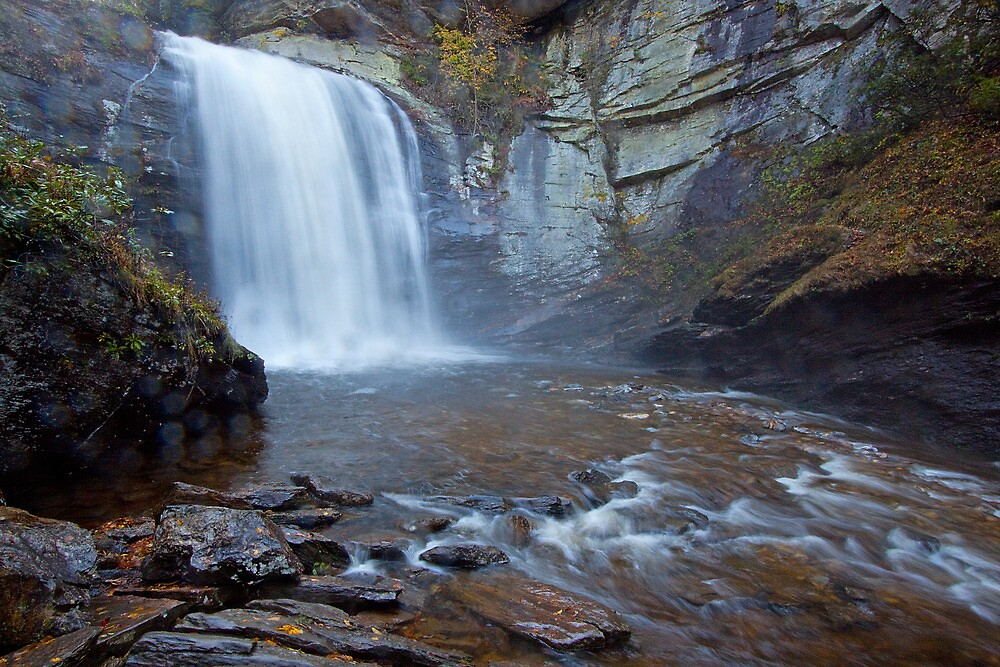 Looking Glass Falls by Rick Montgomery