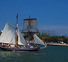 Tall ships in Toronto by deville