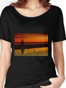 The Tree and the Lamp Post at Sunset - Aylmer Marina Women's Relaxed Fit T-Shirt