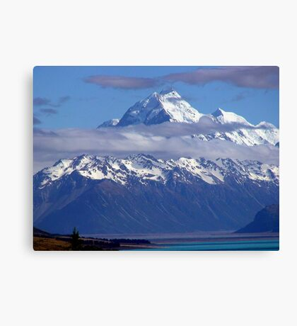 Land of the long white cloud Canvas Print