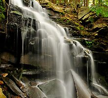LOWER DUTCHMAN FALLS  by MIKESANDY