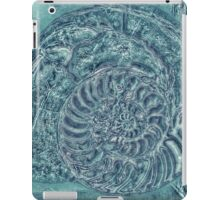 Nautilus of the Oceans iPad Case/Skin