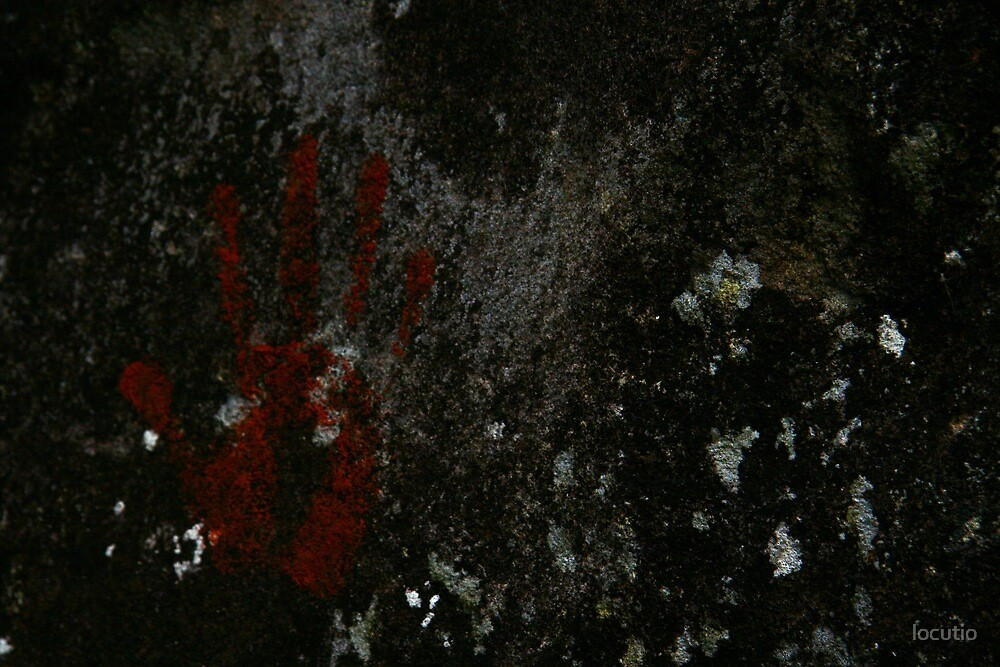 Ochre handprint by locutio