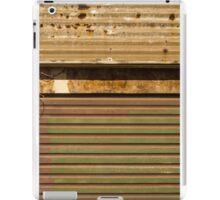 (corru)gated community iPad Case/Skin