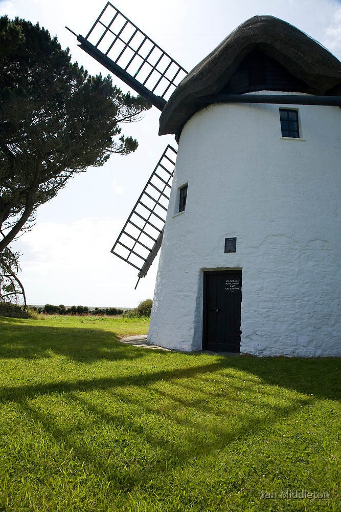 Tacumshane windmill by Ian Middleton