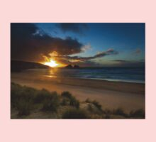 Holywell bay cornwall Kids Clothes