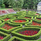 Pollok House - more of the formal garden by biddumy