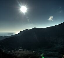 The midday sun from the Caldera by Darren Bailey LRPS