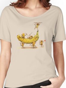 Monkeys are nuts Women's Relaxed Fit T-Shirt