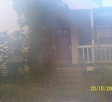 eerie house by lewbl60