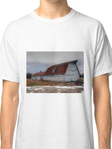 OLD COUNTRY CHARMER Classic T-Shirt