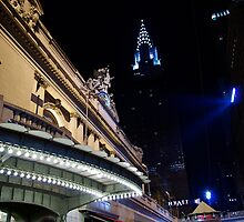 One July night outside of Grand Central by LiliSG