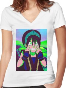 Toph Beifong - psychedelic friendly reminder that she's blind Women's Fitted V-Neck T-Shirt