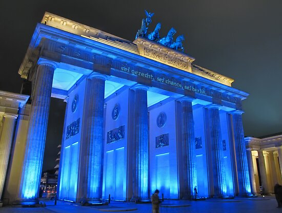 Brandenburg Gate by smilyjay