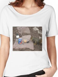 Squirrel Grabbing Grub Women's Relaxed Fit T-Shirt