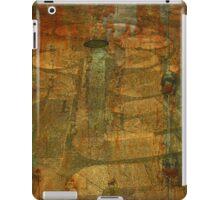 Rusted Labyrinth Grunge iPad Case/Skin