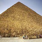 Khufu's Pyramid by Tom Gomez