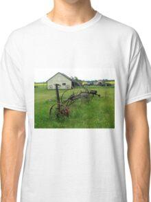 OLD FARM EQUIPMENT Classic T-Shirt
