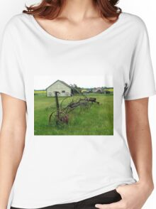 OLD FARM EQUIPMENT Women's Relaxed Fit T-Shirt