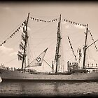 ARC Gloria (Columbian Tall Ship) by MKWhite