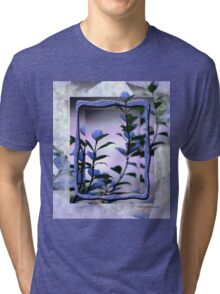 Think & Sense Outside the Frame © Vicki Ferrari Tri-blend T-Shirt