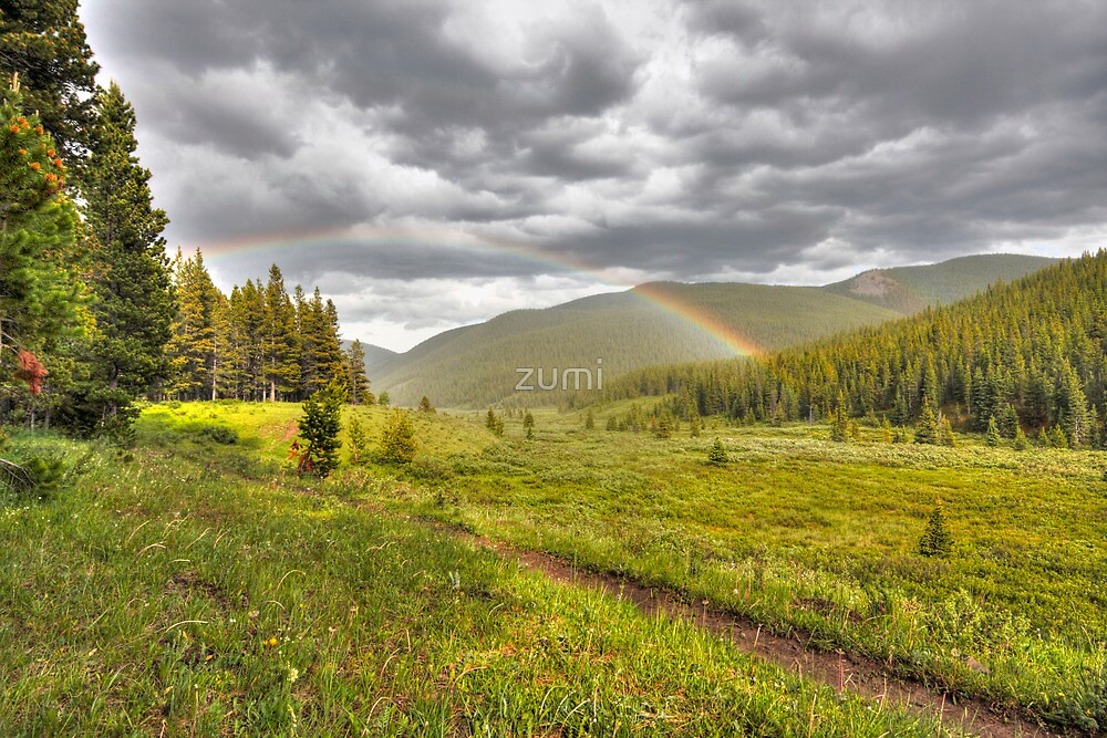 Rainbow in the mounts by zumi