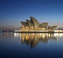 Sydney opera House by donnnnnny