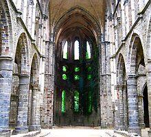 Abbaye Viller-la-Ville by Rowan  Lewgalon