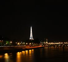 Paris by night by Martyn Baker | Martyn Baker Photography
