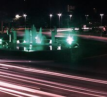 Night at the Fountain by blushutter