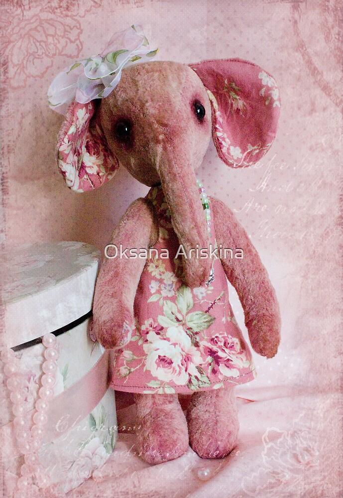 Elephant Sonya by Oksana Ariskina