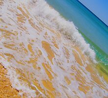 Manly Queenscliff Beach. by JagG