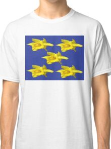 DAFFODILS ON BLUE Classic T-Shirt
