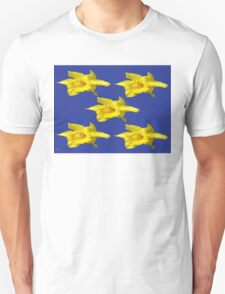 DAFFODILS ON BLUE T-Shirt