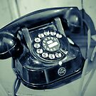 Old phone by Angel Benavides