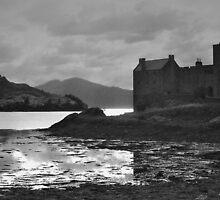 Eilean Donan Castle by WatscapePhoto