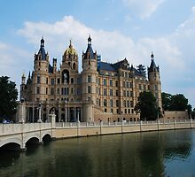 The Castle in Schwerin by julie08
