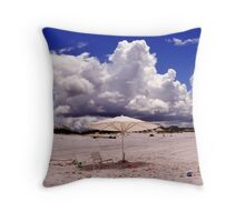 eMpty beAch Throw Pillow