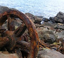 Wagon Wheel. by Esther's Art and Photography