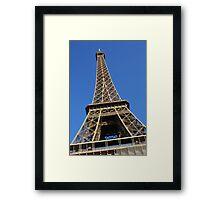 Le ciel bleu sur la Tour Eiffel Framed Print