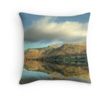 A Lakeland Winter's Day Throw Pillow