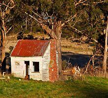 Pickers Hut, Huonville, Tasmania by Chris Cobern
