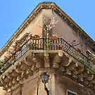 Corner house with balcony by Arie Koene